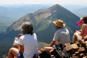 sunny summit 715x300