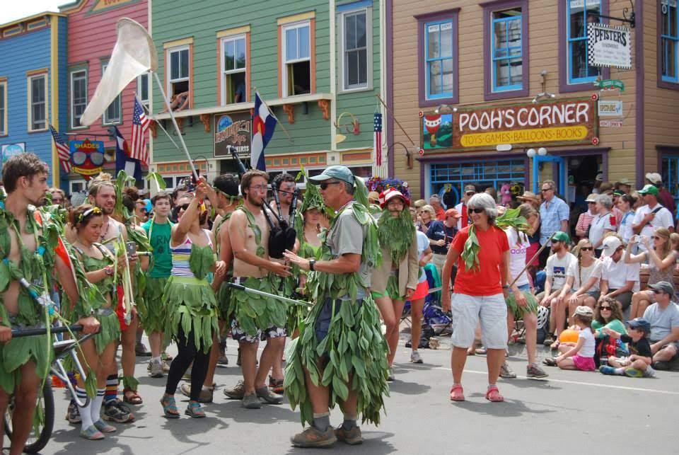Scott Bobbi and parade